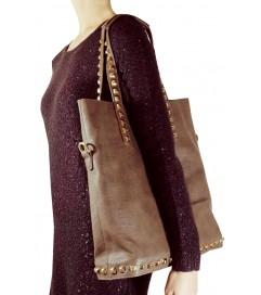 Handtasche 'Gold Studs' taupe